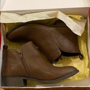 American Rag brown booties - never worn